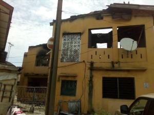 Blocks of Flats House for sale Off ogunlana drive  Ogunlana Surulere Lagos