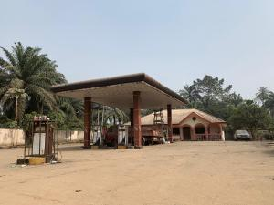Commercial Property for sale Expressway  Etche Rivers