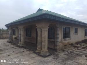 4 bedroom Detached Bungalow House for sale  7minutes drive from the junction of All saints college permanent site, Agbofieti.  Idishin Ibadan Oyo