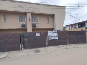 10 bedroom Hotel/Guest House Commercial Property for sale Tiyamiyu Olushile street Mende, Maryland. Mende Maryland Lagos