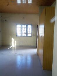 3 bedroom Penthouse Flat / Apartment for rent Somolu close to Pedro road Shomolu Shomolu Lagos