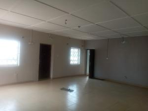 3 bedroom Flat / Apartment for rent Off Roundabout  Onike Yaba Lagos