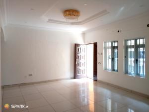 3 bedroom Blocks of Flats House for rent Chevron chevron Lekki Lagos