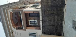 2 bedroom Blocks of Flats House for rent COSTAIN OFF PARKLANE Ebute Metta Yaba Lagos