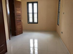 3 bedroom Blocks of Flats House for rent MENDE Maryland Ikeja Lagos