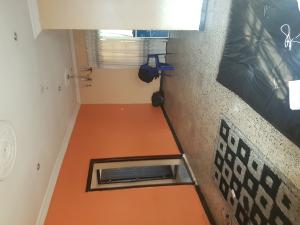 2 bedroom Flat / Apartment for rent Adekunle Kuye Street  Adelabu Surulere Lagos
