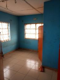 3 bedroom Flat / Apartment for rent Off Bajulaiye Road Shomolu Shomolu Lagos - 4