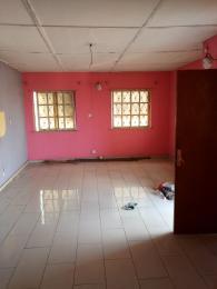 3 bedroom Flat / Apartment for rent Off Bajulaiye Road Shomolu Shomolu Lagos - 1