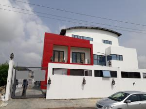 Commercial Property for rent LEKKI PHASE 1 Lagos - 1