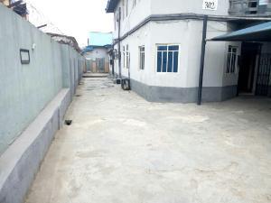 2 bedroom Commercial Property for rent - Alagomeji Yaba Lagos - 0
