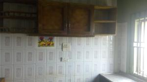 3 bedroom Self Contain Flat / Apartment for rent Obat street Adegbayi Alakia Ibadan Oyo