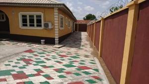 2 bedroom Penthouse Flat / Apartment for rent Idi-Ishin Extension/Adetokun Area, Ologun Eru, Ibadan. Idishin Ibadan Oyo