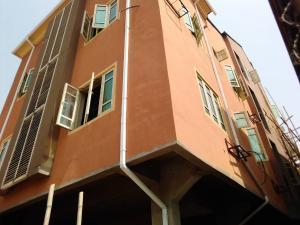 3 bedroom Flat / Apartment for rent Cole street Ojuelegba Surulere Lagos