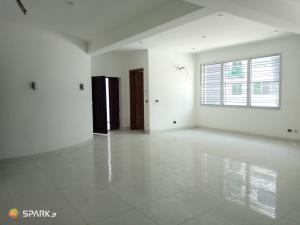3 bedroom Blocks of Flats House for rent Richmond estate  Ikate Lekki Lagos