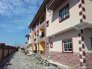 3 bedroom Flat / Apartment for sale Opposite Lagos business school  Ajah Ajah Lagos