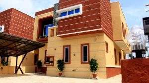 5 bedroom Detached Duplex House for rent Orchid hotel road 2nd toll gate, chevron Lekki Lagos