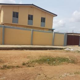 3 bedroom Blocks of Flats House for sale Onimaba Estate, college road  Igando Ikotun/Igando Lagos