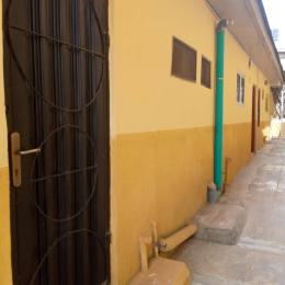 1 bedroom mini flat  Self Contain Flat / Apartment for rent Elewura Area, off Ring Road Challenge Ibadan Oyo