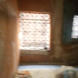 Self Contain Flat / Apartment for rent Off Pedro road, ladylak, bstop, Pedro somolu Shomolu Shomolu Lagos