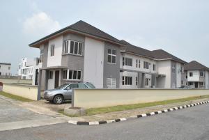 4 bedroom Detached Duplex House for sale Pinnoch Beach Estate Osapa london Lekki Lagos