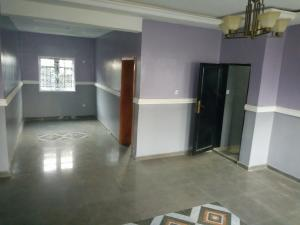 2 bedroom Flat / Apartment for rent Aladeye bus stop close to ikorodu road Onipanu Shomolu Lagos
