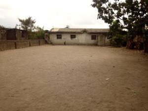 1 bedroom mini flat  Terraced Bungalow House for sale Escoba community  Sagamu Sagamu Ogun