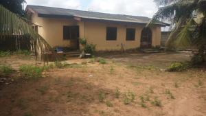 Detached Bungalow House for sale  IYEWO ESTATE, Araromi bus stop, LASU/OJO Express road, Lagos Igando Ikotun/Igando Lagos
