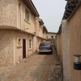 10 bedroom Detached Duplex House for sale Off governors road igando Lagos  Governors road Ikotun/Igando Lagos