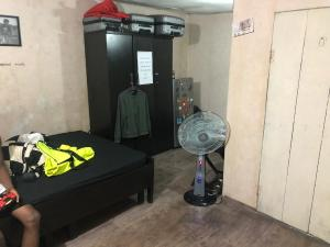 1 bedroom mini flat  Self Contain Flat / Apartment for rent  ikorodu road Maryland Lagos