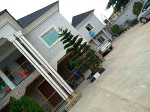 1 bedroom mini flat  Blocks of Flats House for rent Tinubu estate behind owu crown hotel   Iwo Rd Ibadan Oyo