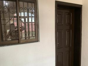1 bedroom mini flat  Boys Quarters Flat / Apartment for rent Parkview Estate Ikoyi Lagos