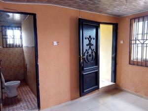 1 bedroom mini flat  Self Contain Flat / Apartment for rent Adogba Area, Monatan  Ibadan Oyo