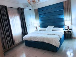 2 bedroom Shared Apartment Flat / Apartment for shortlet Idado Lekki Lagos