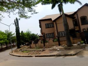 5 bedroom Detached House for rent 65 road before galadima gate Gwarinpa Abuja