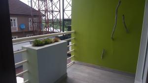 3 bedroom Flat / Apartment for rent Oloriadekemi street, at Arowojobe Estate  Mende Maryland Lagos