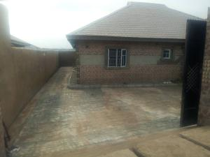 3 bedroom Mini flat Flat / Apartment for sale Cresent university ,off ayetoro garage abeokuta Abeokuta Ogun