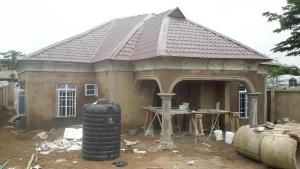 House for sale 18 gbadeyanka street, new ife road celica Egbeda Oyo