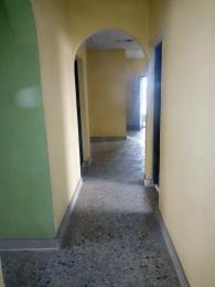 3 bedroom Flat / Apartment for rent Pedro road  (famous bus stop axis ) Palmgroove Shomolu Lagos