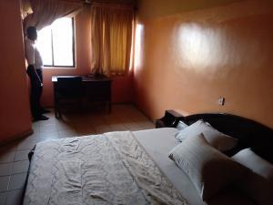 10 bedroom Hotel/Guest House Commercial Property for sale Olubadan Estate Gbagi iwo road Iwo Rd Ibadan Oyo