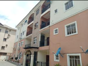 3 bedroom Blocks of Flats House for rent Off peace park Utako Abuja