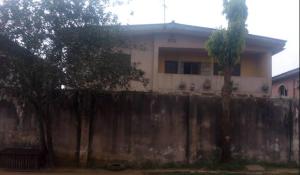 3 bedroom Blocks of Flats House for sale alafia avenue Ejigbo Lagos