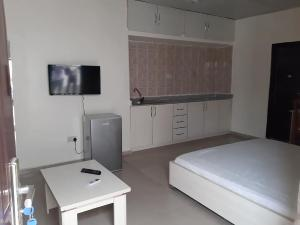 1 bedroom mini flat  Studio Apartment Flat / Apartment for shortlet Off Mobil Road, Ajah, Lagos Ilaje Ajah Lagos - 3