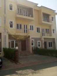 4 bedroom Terraced Duplex House for rent  Brains & hammers estate. Apo Abuja