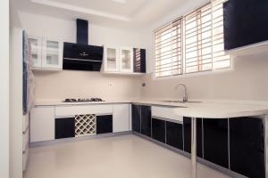 5 bedroom Detached Duplex House for sale Alma Beach Estate. Lekki Phase 1 Lekki Lagos