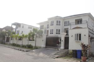 4 bedroom Shared Apartment Flat / Apartment for rent . Banana Island Ikoyi Lagos