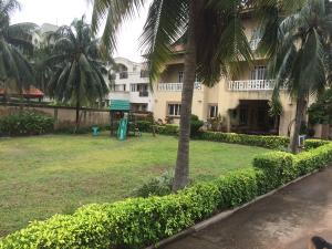 8 bedroom Detached Duplex House for sale Lekki Lekki Phase 1 Lekki Lagos