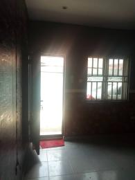 2 bedroom Flat / Apartment for rent Off folaagoro Abule-Ijesha Yaba Lagos
