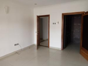 3 bedroom Blocks of Flats House for rent Tynedale mansions Chevron chevron Lekki Lagos