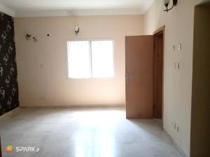 3 bedroom Blocks of Flats House for rent Second round about Lekki Phase 1 Lekki Lagos