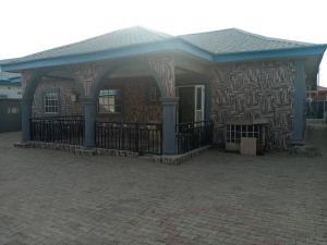 3 bedroom Detached Bungalow House for sale Close to Ebaeno Supermarket Gaduwa Abuja